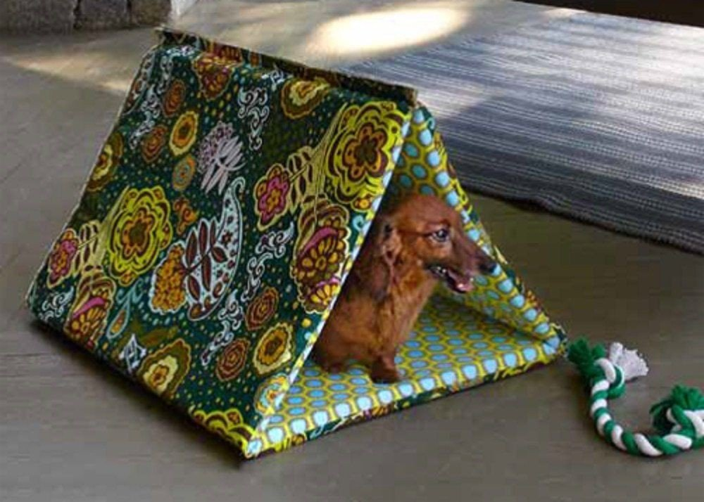 WeAllSew Puppy Hut by Gayle Schliemann